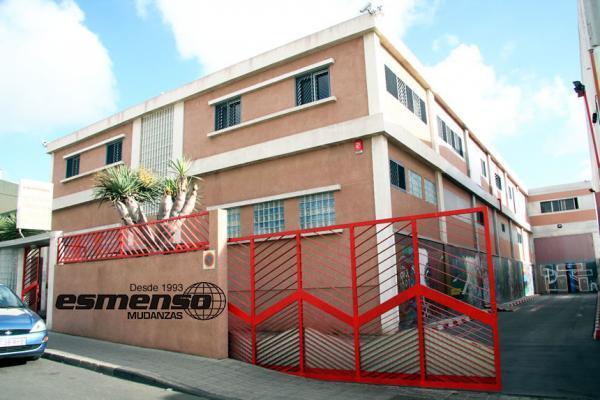 ESMENSO. Empresa fundada en 1993 y dedicada a las Mudanzas